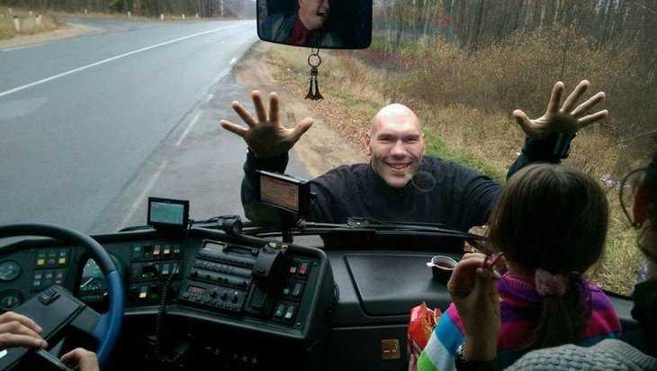 Подорожание бензина рассмешило брянского депутата Николая Валуева