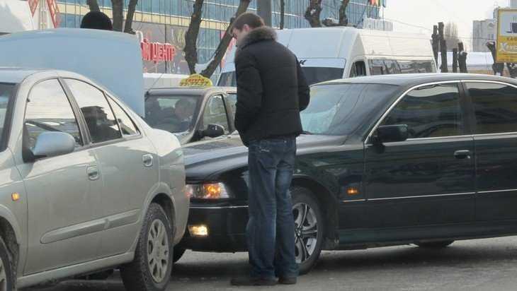 МЧС предупредило об опасной гололедице на брянских дорогах 2 января