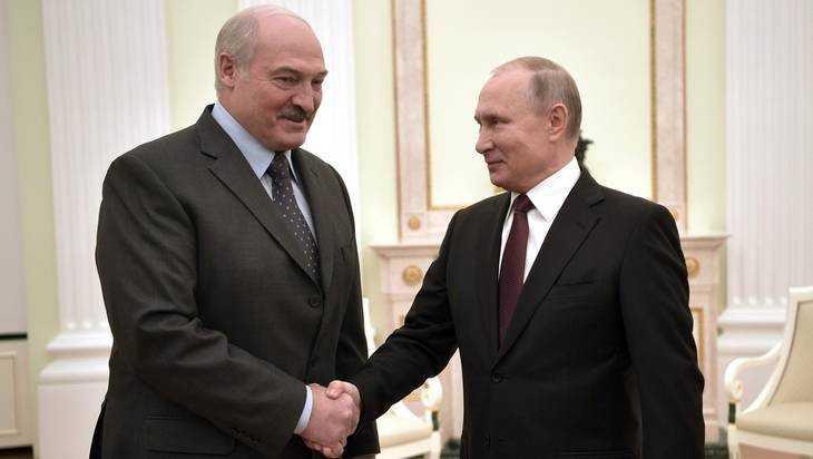 Торговый баланс по Лукашенко: 400 млн долларов за 4 мешка картошки