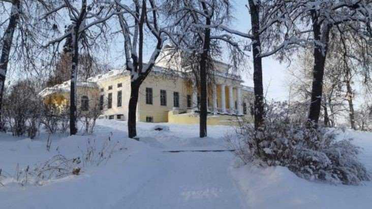 В Овстуге отметят день рождения основателя музея Владимира Гамолина