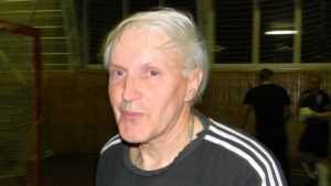 Брянцы поздравили с 70-летием ветерана единоборств Владимира Дикарева