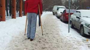 Брянские дорожники ответят за не очищенные от снега тротуары