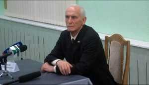 Брянский губернатор поздравил актёра Василия Ланового с 85-летием