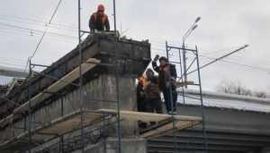 В Брянске монтировать балки на Первомайском мосту будут по ночам