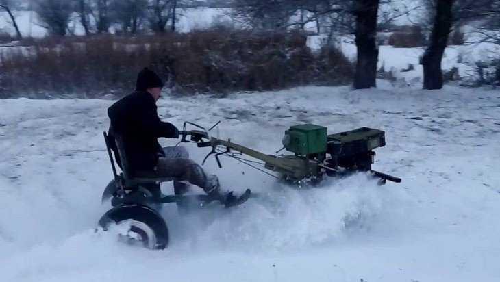 Житель красногорской деревни угнал мотоблок односельчанина