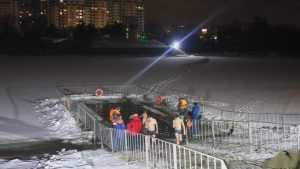 Перед Крещением в Брянске две тысячи человек окунулись в купели
