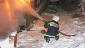 В Севске в крещенскую ночь сгорел частный жилой дом