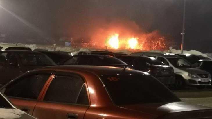 В Брянске около ТРЦ «Аэропарк» сожгли еще одну дачу