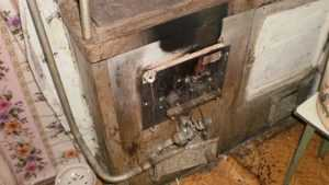 В Брянской области родители и сын погибли от угарного газа