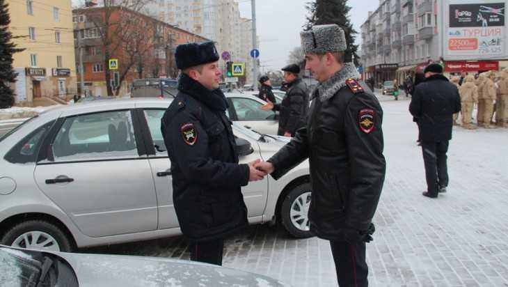 Брянские полицейские получили 30 новых автомобилей