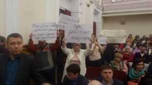 Порошенко уничтожает промышленность Украины