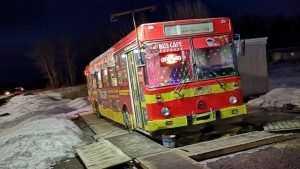 На дороге между Брянском и Орлом открылось кафе-автобус