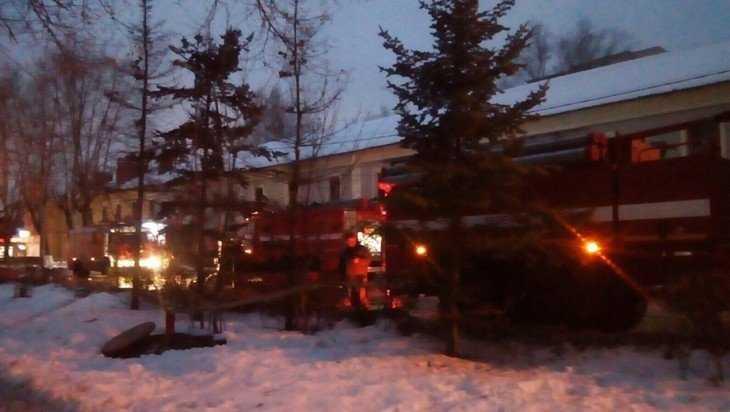 В Брянске подожгли заброшенное отделение милиции