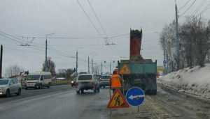 В Брянске на битву со снегом вышли 75 дорожных машин