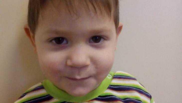Жителям Брянска предложили стать родителями 3-летнего Тимура