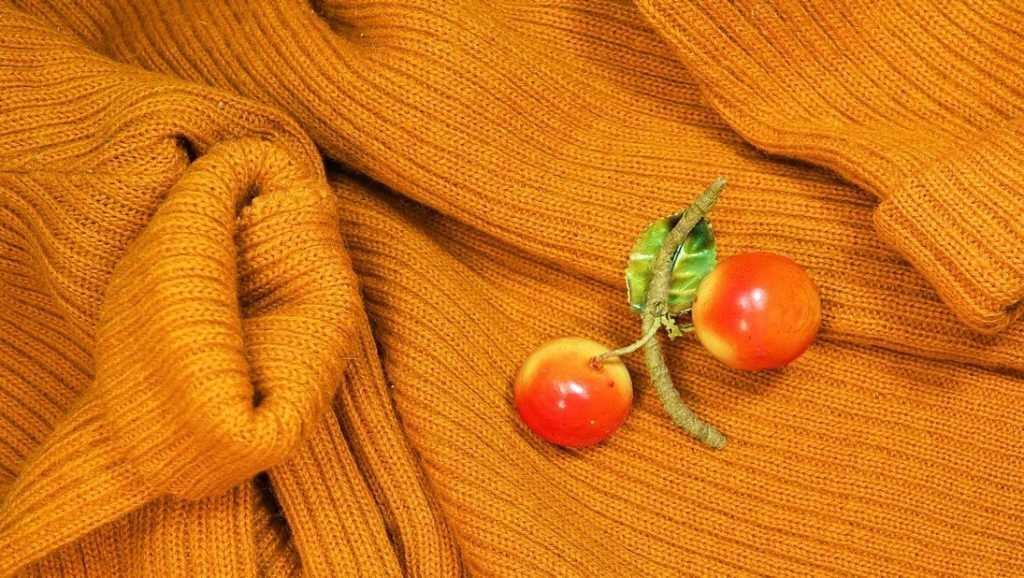 В чём особенность изделий из вязаного трикотажа