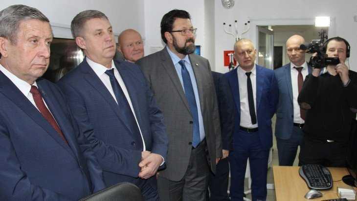 Богомаз посетил «Брянскую губернию» и поздравил телеканал с 10-летием
