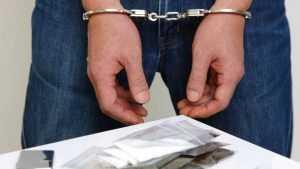 В Брянске попался наркоторговец, который обкрадывал клиентов