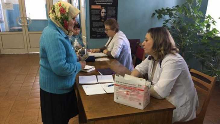 Автопоезд «Здоровье» приехал к жителям Жирятинского района