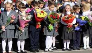 Брянские психологи призвали не вредить школьникам дорогими телефонами
