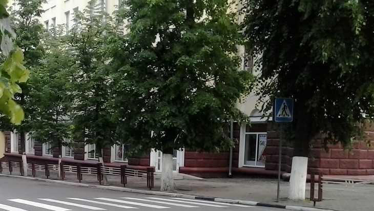 Много смрада из ничего: в Брянске за бесценок «продали» Дом книги