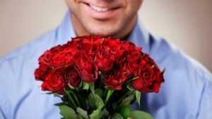 В Брянске таможенники задержали молдаванина с 800 розами