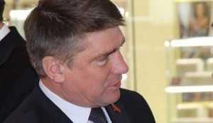 В Брянске начали судить за взятку заместителя главы облдумы Гапеенко