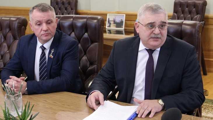 Брянский губернатор призвал строить жилье для медиков впрок