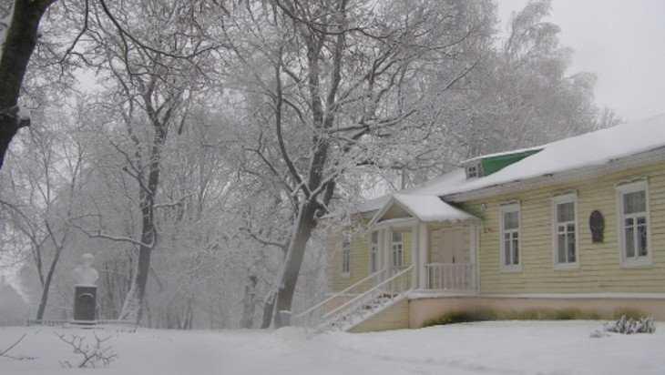 Построенную дочерью Тютчева школу отреставрируют в Овстуге