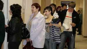 Брянцы пригрозили бунтом из-за отсутствия талонов к врачам
