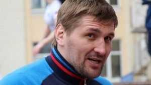 Тактаров заявил, что брянский богатырь Виталий Минаков не боец