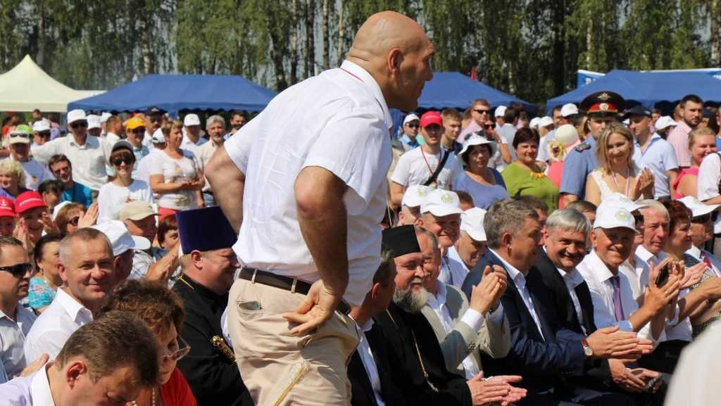Брянский депутат Госдумы Николай Валуев стал прокурором