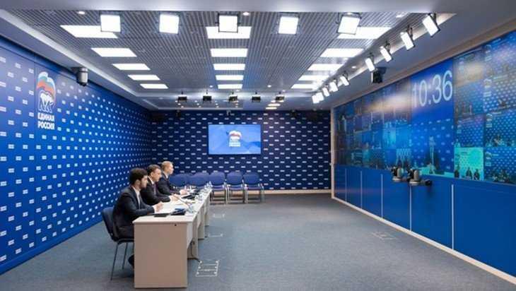«Единая Россия» запустила мониторинг передвижных камер видеофиксации