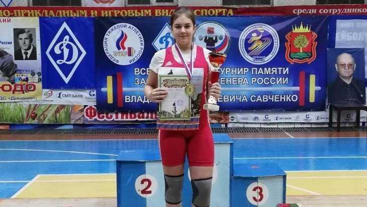 Брянские тяжелоатлетки стали призерами чемпионата России