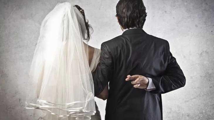 Суд расторг брак жительницы Брянска и азербайджанца