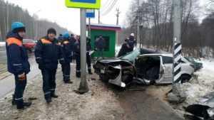 В Брянске полиция обратилась к очевидцам гибели водителя Opel в ДТП
