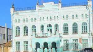 Суд заставил федералов отремонтировать уникальное здание в Стародубе