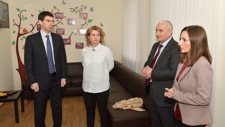 Полпред Президента в ЦФО Щёголев посетил в Брянске частный детский сад