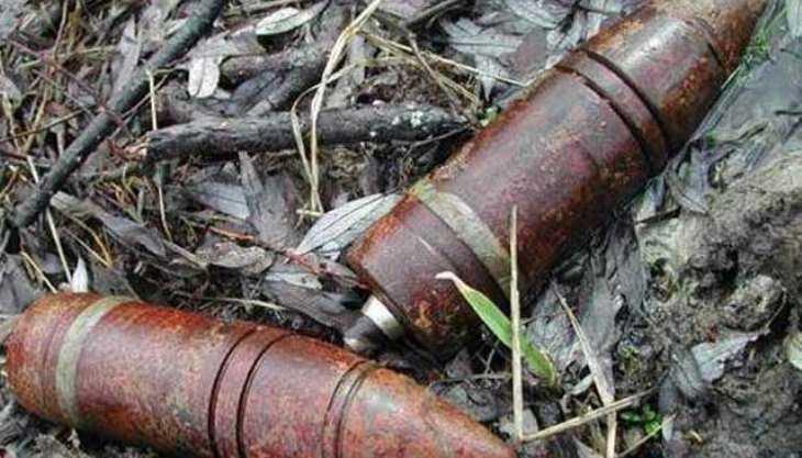 В Севском районе в поле обнаружили пять снарядов времён войны