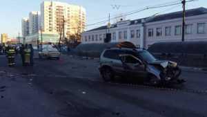В Брянске в ДТП около автовокзала погибли четыре человека