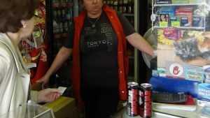 В Клинцах продавщица-рецидивистка продала подростку алкоголь