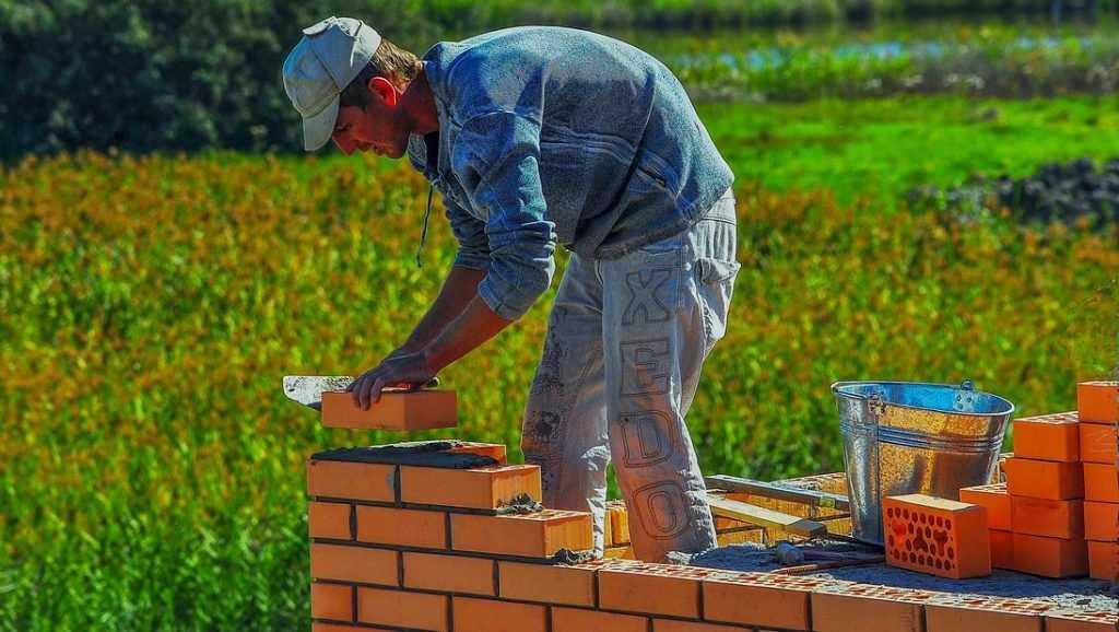 Поиск подходящего участка для строительства дома