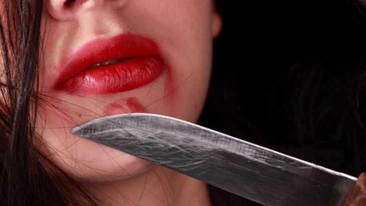 В Брянске 31-летняя женщина после попойки зарезала свою мать