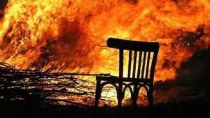 В брянском Овстуге огнеборцы сразились с пожаром