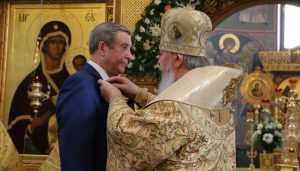Патриарх Кирилл наградил главу Брянской думы Попкова орденом