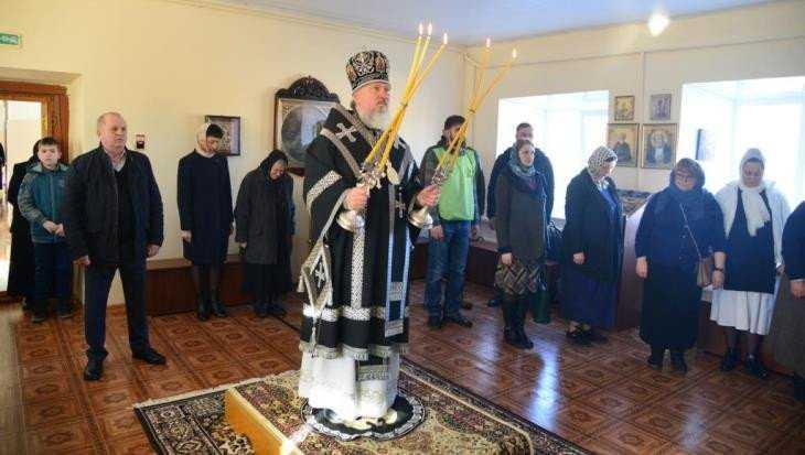 В севском монастыре состоялось первое за 100 лет богослужение