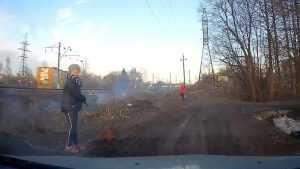 В Белых Берегах две девочки подожгли траву