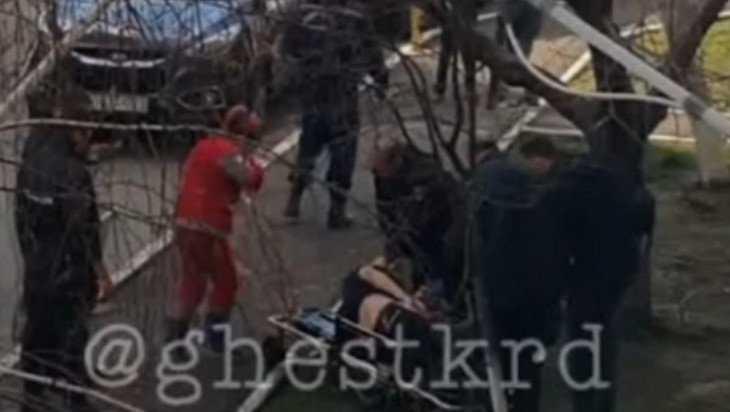 В Краснодаре разыскиваемый полицией брянец упал с пятого этажа
