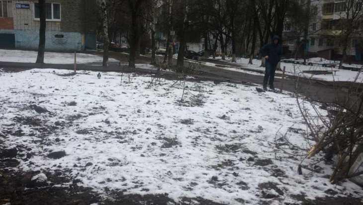С улицы Ромашина в Брянске убрали гору мусора
