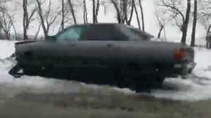 На трассе Брянск – Смоленск легковушка на ходу потеряла колесо